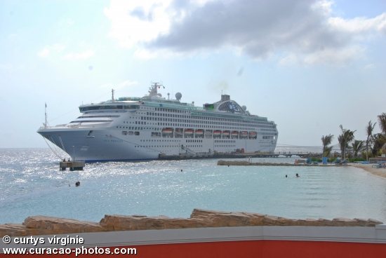 Sea Princess cruise ship